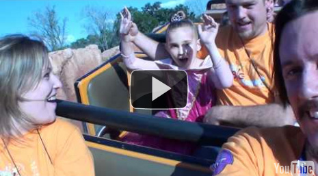 Caileigh & Wendy Ride Splash & Thunder Mountains
